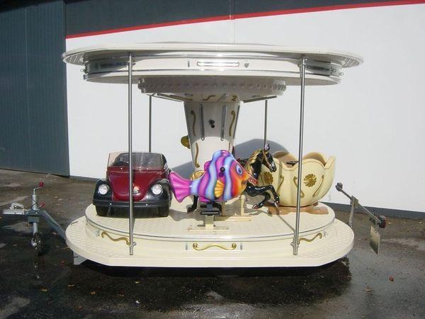 Découvrez le carrousel 9 places !