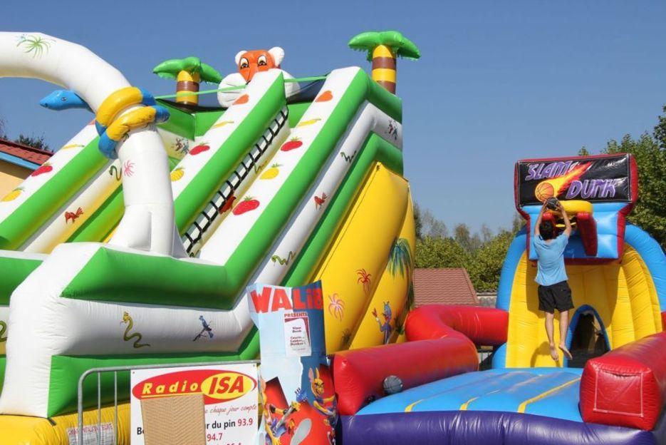 Prenez de l'avance et réservez dès maintenant vos jeux de kermesses & structures gonflables!