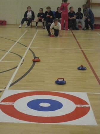 Curling Intérieur ou Extérieur