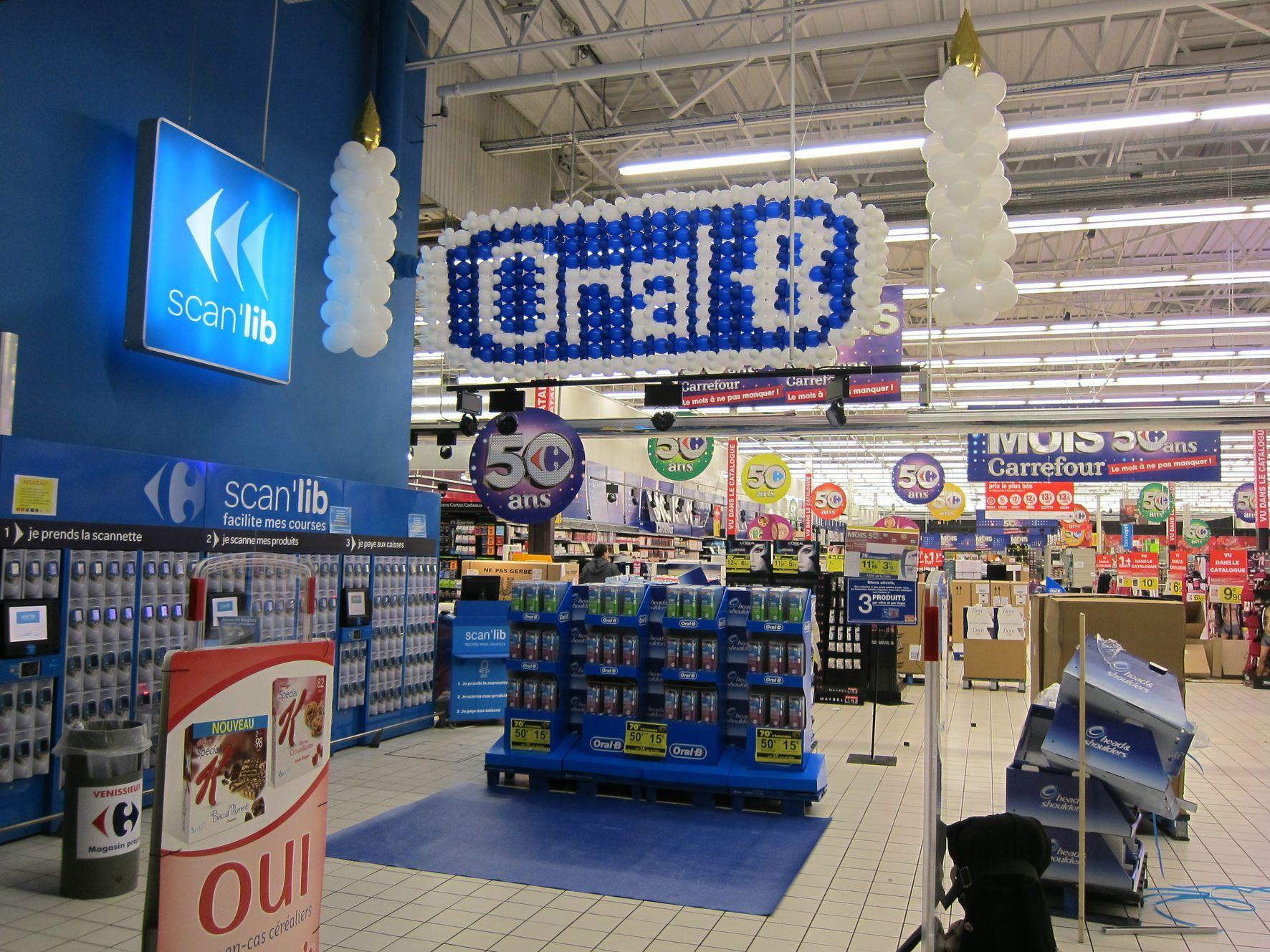 Lancez votre publicité avec des ballons et des décorations !