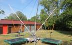 Envolez-vous avec le trampoline 4 pistes Bungy !